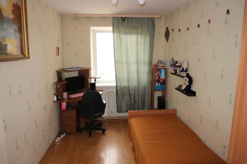 Продается 4+-комнатная квартира, 73,8м²