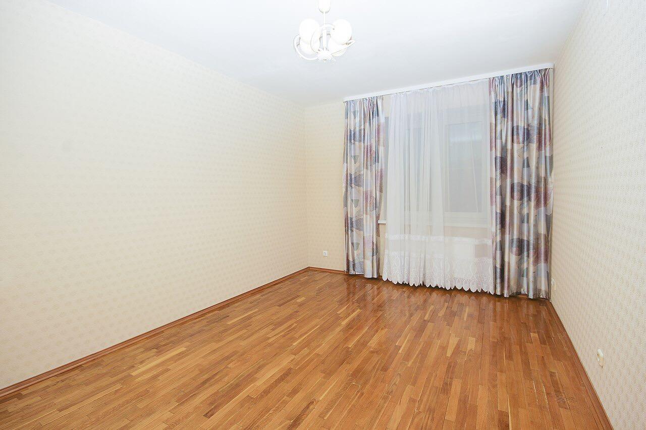 Продается 4+-комнатная квартира, 143м²