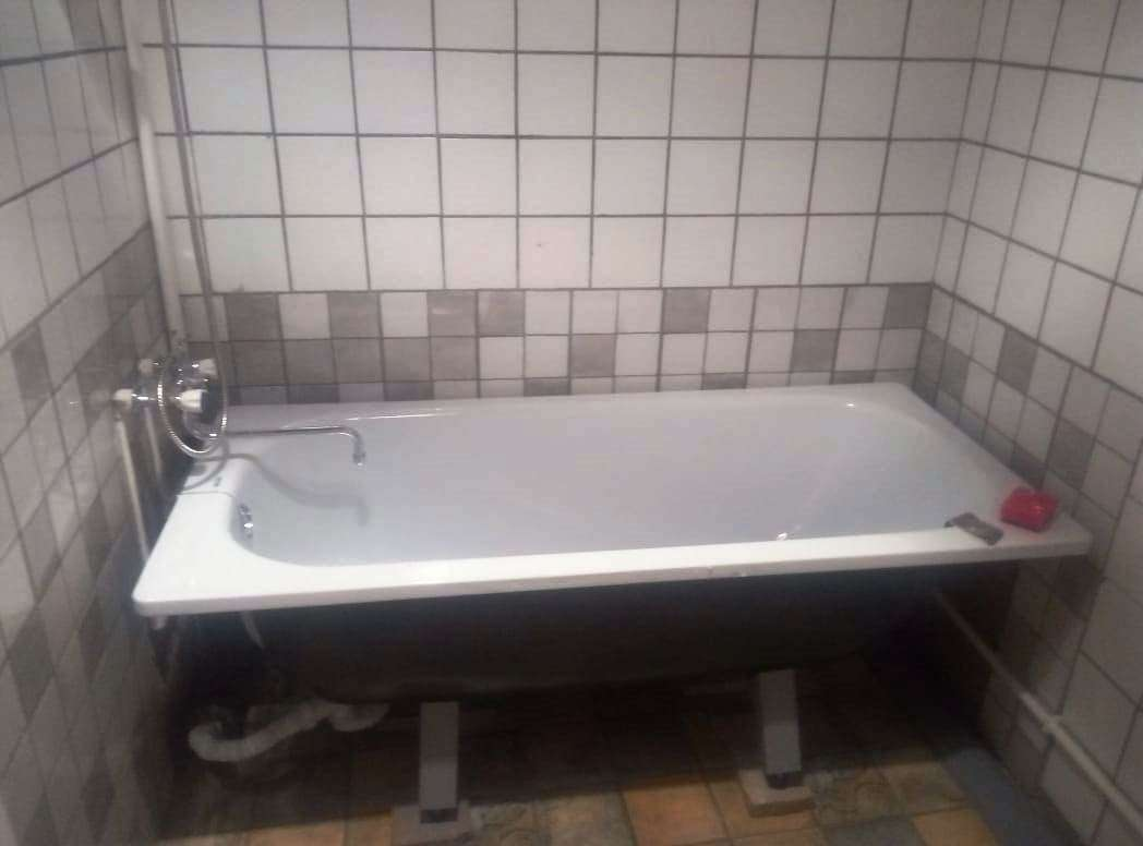 Продам Кирпичный, 300м²