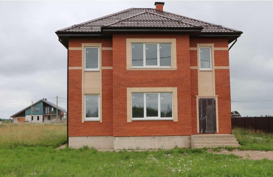 Продам Кирпичный, 140м²